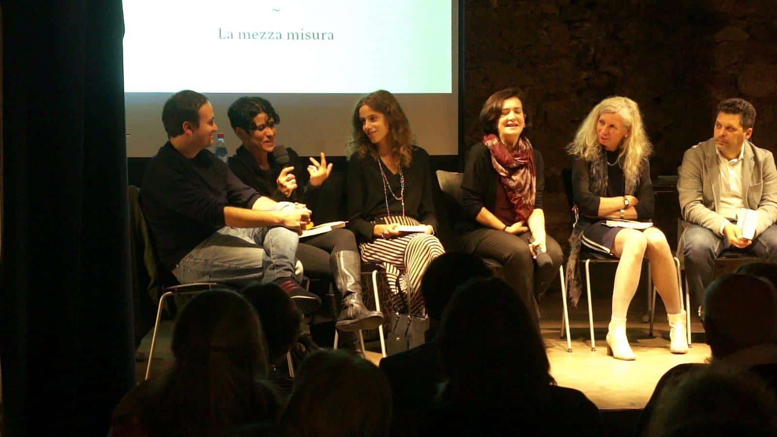 Gabriella Kuruvilla spricht über das Thema Identität