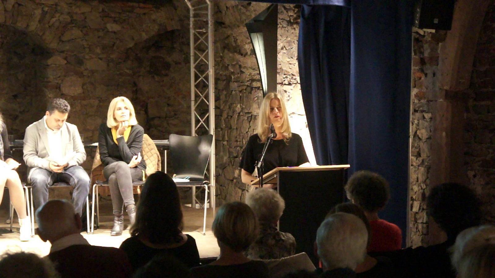 """Christiane Burkhardt liest Demetrio Paolins """"Blei, eine Autobiographie"""""""